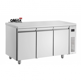 Ψυγεία Πάγκοι με 3 Ανοξειδωτες Πόρτες Χωρίς Μοτέρ Σειρά 600 & 700